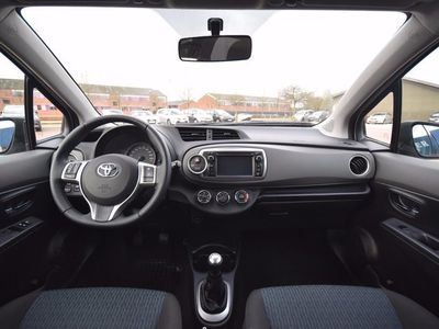 brugt Toyota Yaris 1,0 VVT-i T2 Touch