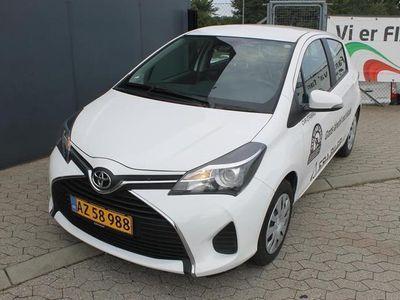 brugt Toyota Yaris 1,4 D-4D T2 safety sense 90HK 5d