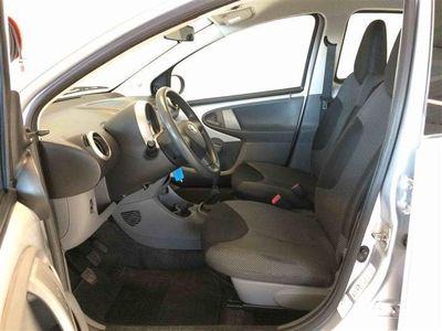 brugt Toyota Aygo 1,0 VVT-I Silver Line 68HK 5d