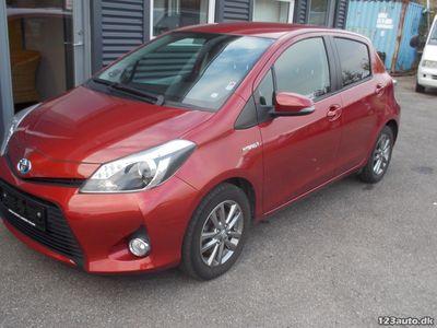 brugt Toyota Yaris Hybrid 1,5 Hybrid Style CVT TT 5d