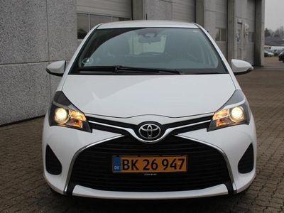 brugt Toyota Yaris 1,4 D-4D T2 Safety Sense 90HK 5d 6g