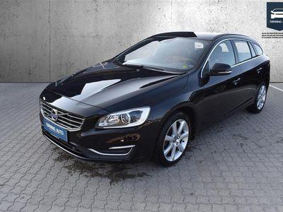 brugt Volvo V60 2,0 D4 Momentum 190HK Van 8g Aut. - Varebil - sort