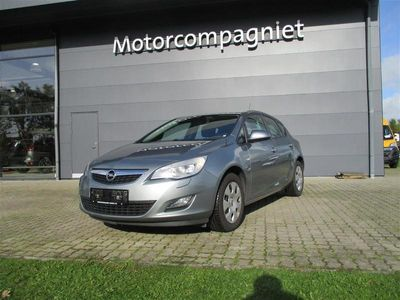 brugt Opel Astra 4 Turbo Essentia 100HK 5d