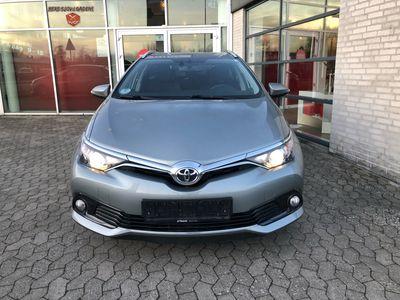 brugt Toyota Auris Touring Sports 1,6 D-4D T2 Comfort 112HK Stc 6g A+
