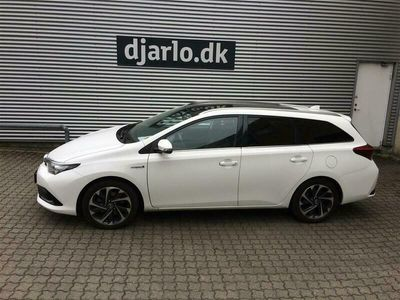 brugt Toyota Auris Touring Sports 1,8 Hybrid H2 Style Skyview 136HK Stc Aut.