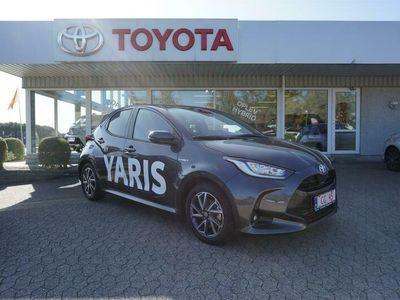 brugt Toyota Yaris 1,5 B/EL H3 Smart 116HK 5d Trinl. Gear A+++