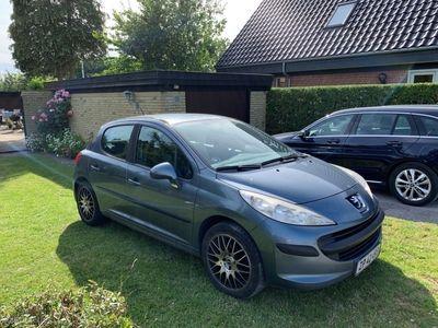 gebraucht Peugeot 207 1,6 HDI XR Plus 90HK 5d