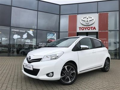 brugt Toyota Yaris 1.33 VVT-i 6 M/T Hatchback 5-dørs Trend Standard