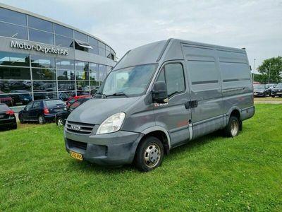 brugt Iveco Daily 3,0 35S18 12m³ Van