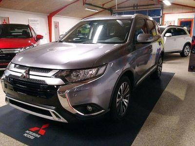 gebraucht Mitsubishi Outlander 2,0 Intense 4WD CVT 150HK 5d 6g Trinl. Gear