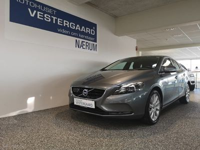 brugt Volvo V40 2,0 D3 Momentum 150HK Stc 6g Aut.