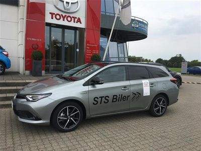 gebraucht Toyota Auris Touring Sports 1,8 B/EL H2 Selected 136HK Stc Aut.