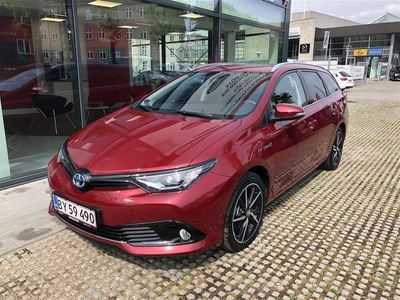 używany Toyota Auris Touring Sports 1,8 B/EL H2 Selected 136HK Stc Aut.