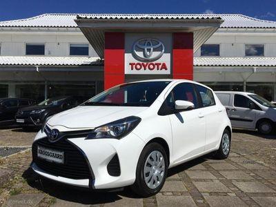 gebraucht Toyota Yaris 1,3 VVT-I T2 Safety Sense 100HK 5d 6g