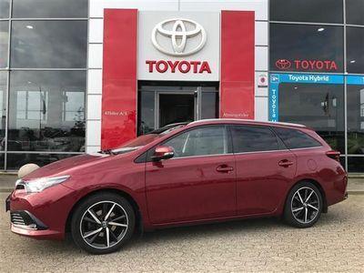 brugt Toyota Auris Touring Sports 1,6 D-4D Spirit 112HK Stc 6g