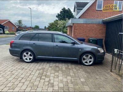 brugt Toyota Avensis stc 2.0