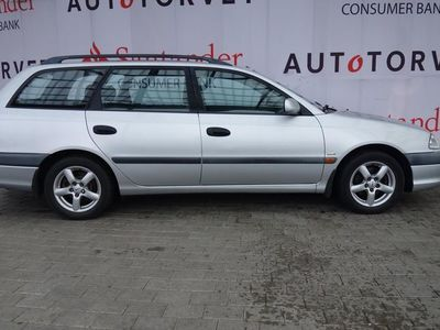 brugt Toyota Avensis 1,8 Linea Terra 129HK Stc