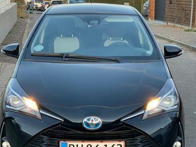 brugt Toyota Yaris 1.5 Hybrid e-CVT