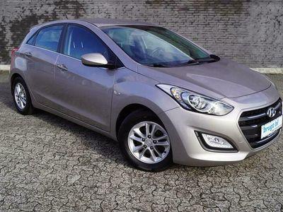 brugt Hyundai i30 1,6 CRDi Premium ISG 110HK 5d 6g