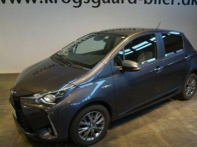 brugt Toyota Yaris Hybrid 15 B/EL Premium E-CVT 100HK 5d Trinl. Gear