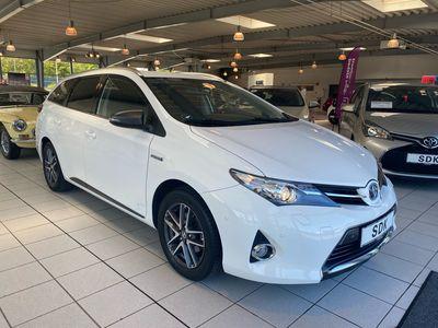 brugt Toyota Auris Hybrid 1,8 VVT-I Premium Comfort E-CVT 136HK Stc Aut.
