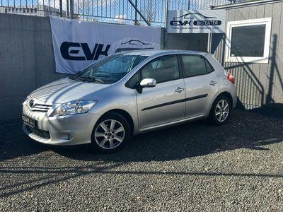 used Toyota Auris 1,6 T2 M/M
