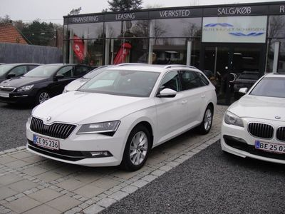 second-hand Skoda Superb 2,0 TDi 190 Style Combi