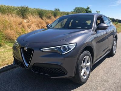 gebraucht Alfa Romeo Stelvio 2,0 TB Edizione Q4 200HK 5d 8g Aut.