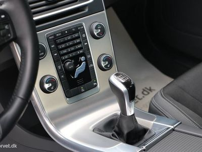 brugt Volvo S60 2,0 D4 Momentum 181HK 6g