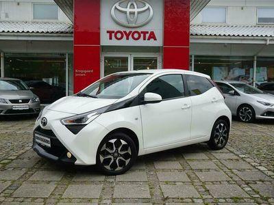 brugt Toyota Aygo 10 VVT-I X-Cellence + Connect 72HK 5d