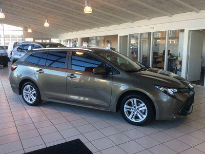 brugt Toyota Corolla Touring Sports 1,8 B/EL H3 Smart Safety Plus E-CVT 122HK Stc Trinl. Gear A+++