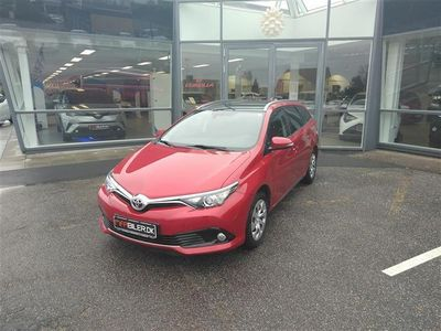 brugt Toyota Auris Touring Sports 1,2 T T2 Comfort Skyview 116HK Stc 6g