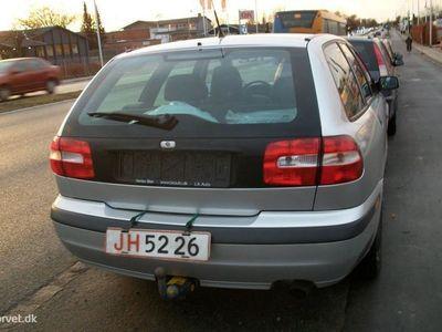 brugt Volvo V40 1,8 122HK Stc