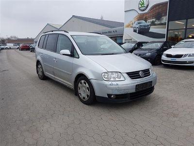 usado VW Touran 2,0 TDI Trendline DSG 140HK Van 6g Aut.