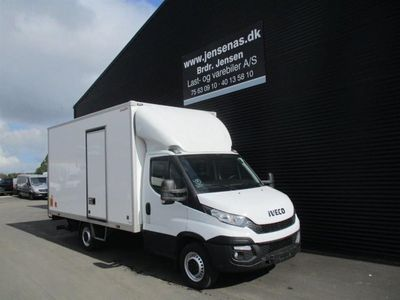 brugt Iveco Daily 35S13 ALUKASSE M/LIFT 2,3 D 126HK Ladv./Chas. 2015