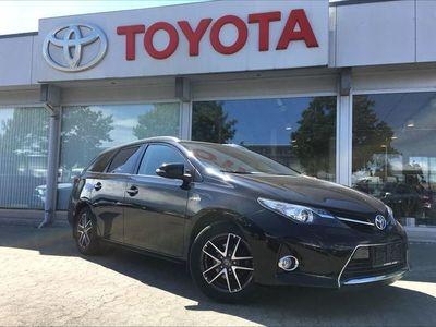 brugt Toyota Auris Touring Sports 1,8 B/EL H2 Premium 136HK Stc