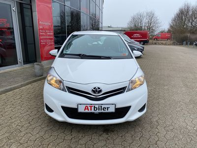brugt Toyota Yaris 1,3 VVT-I T2 Touch 100HK 5d 6g A