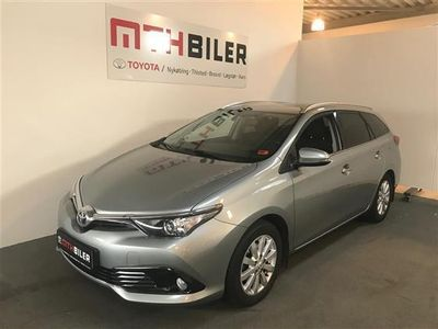 gebraucht Toyota Auris Touring Sports 1,2 T T2 Comfort 116HK Stc