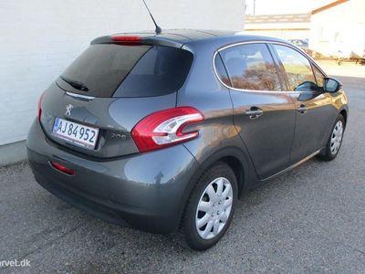 brugt Peugeot 208 1,2 VTi Allure Sky 82HK 5d