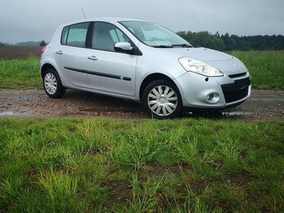 used Renault Clio 1,2 16v 75 75HK 5d