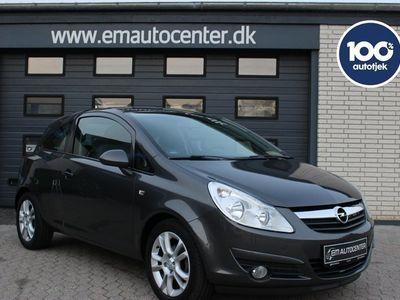 käytetty Opel Corsa 1,4 16V Cosmo aut.