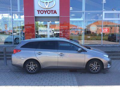 brugt Toyota Auris Touring Sports 1,8 B/EL H2 Style 136HK Stc Aut.