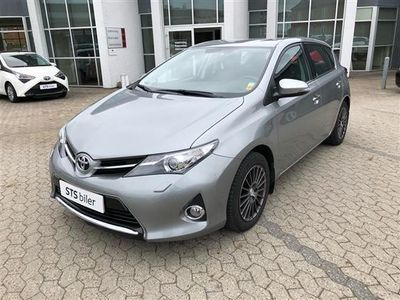 usata Toyota Auris 1,6 Valvematic T2+ 132HK 5d 6g