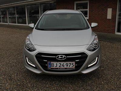 brugt Hyundai i30 Cw 1,6 CRDi Passion ISG 110HK Stc 6g