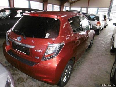 brugt Toyota Yaris Hybrid 1,5 Hybrid Style CVT TT Van 5d