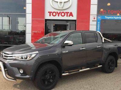 usata Toyota HiLux 2,4 D-4D T4 4x4 150HK DobKab Aut.
