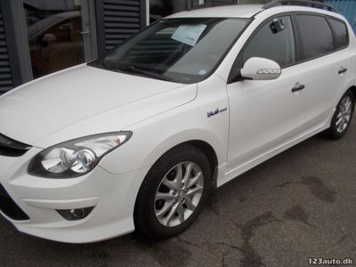 brugt Hyundai i30 1,6 CRDi 90 Classic Sense CW ISG
