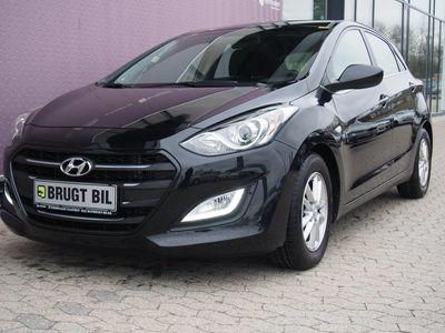 brugt Hyundai i30 1,6 CRDi 110 Trend CW DCT