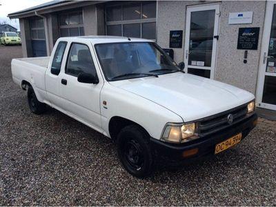 käytetty VW Taro 2,4 D 4x4 Pick-up