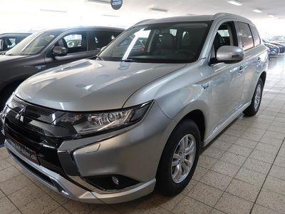 brugt Mitsubishi Outlander 2,4 PHEV Invite 4WD 224HK 5d 6g Trinl. Gear
